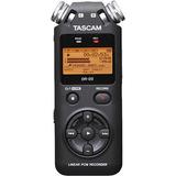 TASCAM DR05 DR-05 便携式数码录音机 特价现货